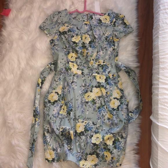 Closet Dresses & Skirts - Closet Floral Dress